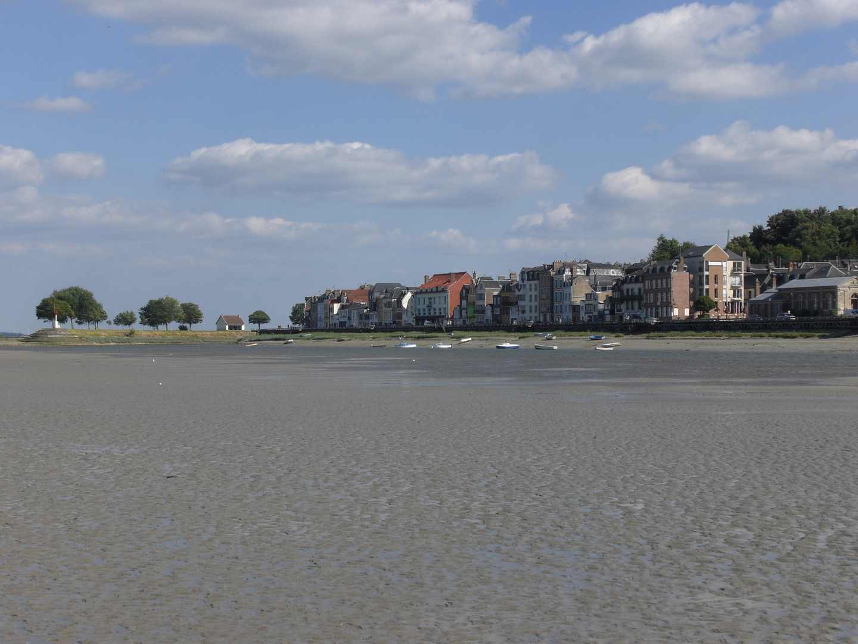 Saint Valéry sur Somme, vu de la Baie de Somme