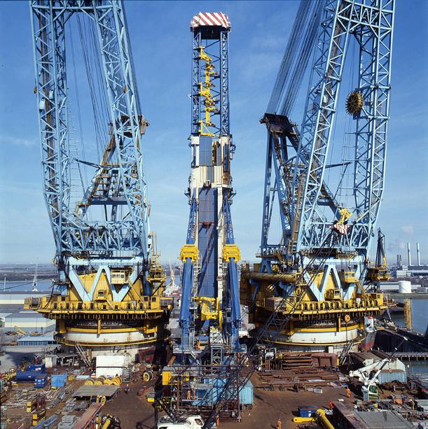 Saipem 7000 craneship