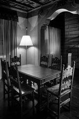 Sala con tavolo