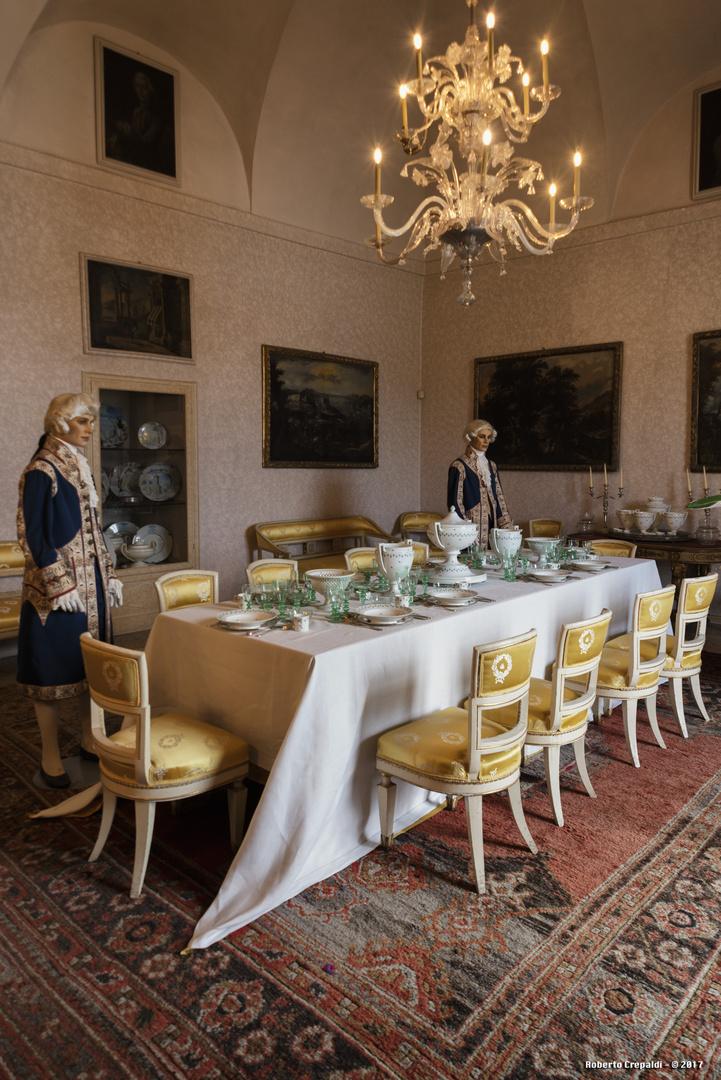 Sala da pranzo palazzo borromeo dell 39 isola madre foto for Sala da pranzo foto