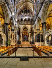 - Salisbury Cathedral (Hauptschiff/Altar) -