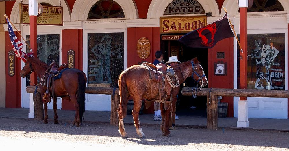 saloon mit pferdeparkplatz foto bild north america united states arizona bilder auf. Black Bedroom Furniture Sets. Home Design Ideas