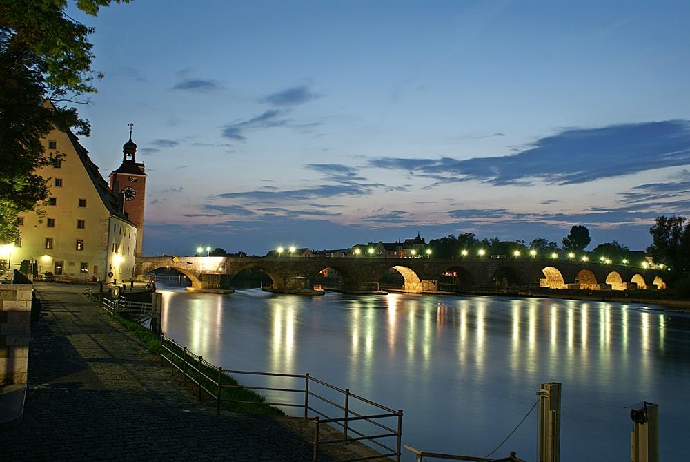 Salzstadl, Brückturm, Steinerne Brücke