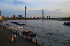 Samstagabend 2012 am Rhein