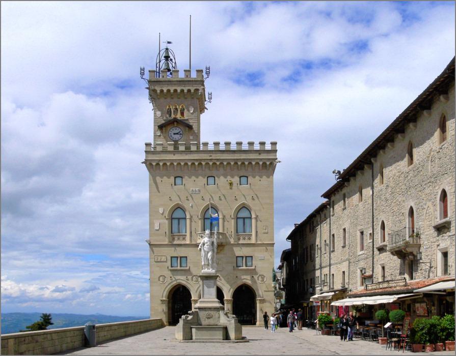 San Marino - Regierungspalast