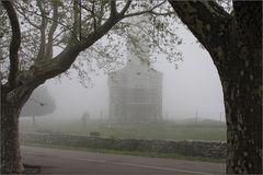 San Michele de Murato im Nebel