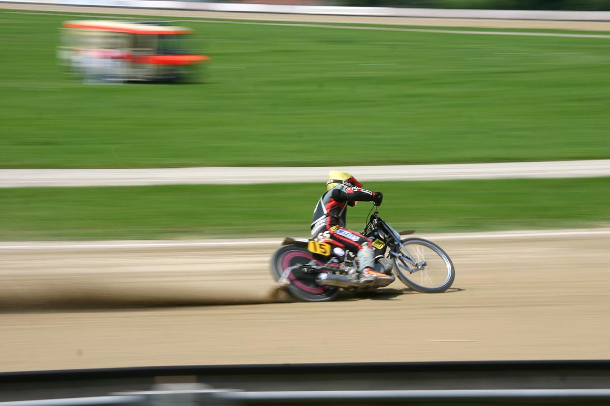 Sandbahnrennen Mühldorf 2005 Bild 2