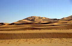 Sanddünen in der Wüste Rub al-Khali