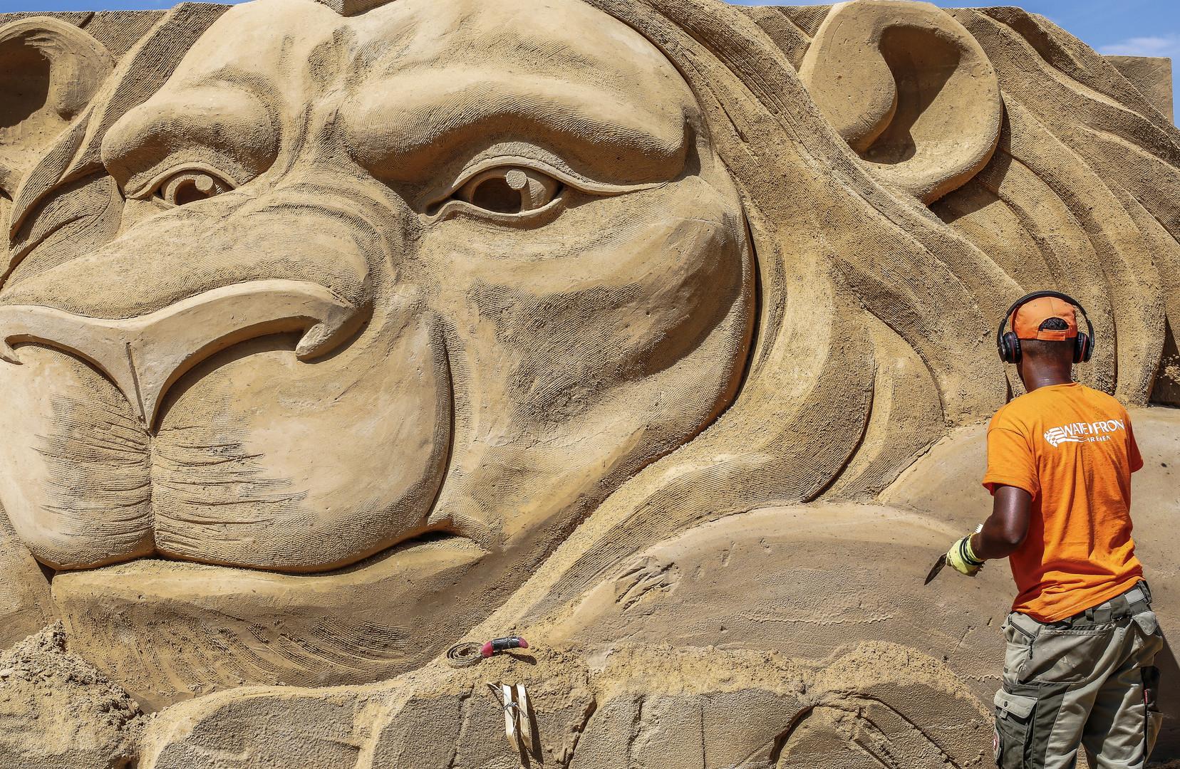 Sandskulptur (I)