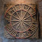 Sandsteinzifferblatt auf Burg Stolpen