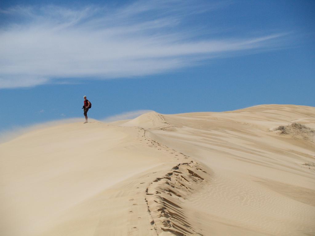 sandy, hot and windy (Alexandra Dunes)