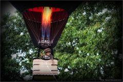 sanfte Landung ..... Ballonfestival Moers 2012