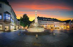 Sankt-Johanner-Markt im Abendlicht