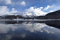 Sankt Moritzersee am Zufrieren