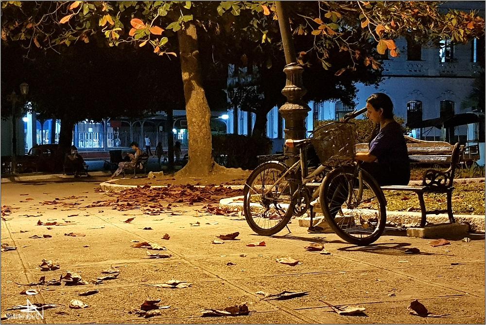 Santa Clara - By night I