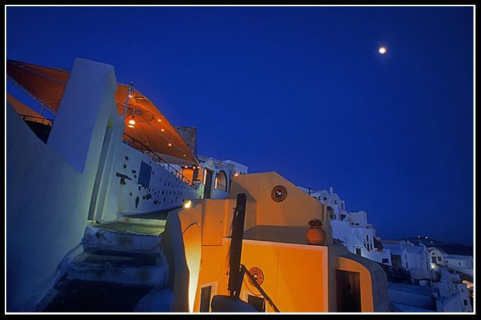 Santorin bei Nacht