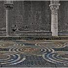 Sarcophages étrusques  et Sol de mosaïques  roman