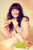 Saskia - breakfast shoot