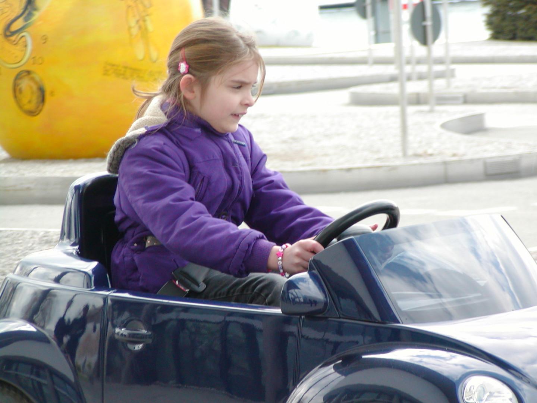 Saskias erster Führerschein ist bestanden