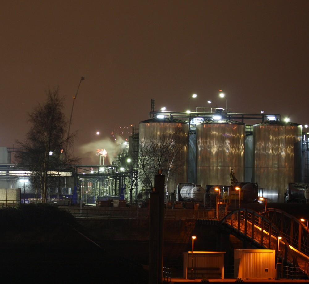 Sasol-Werke bei Nacht