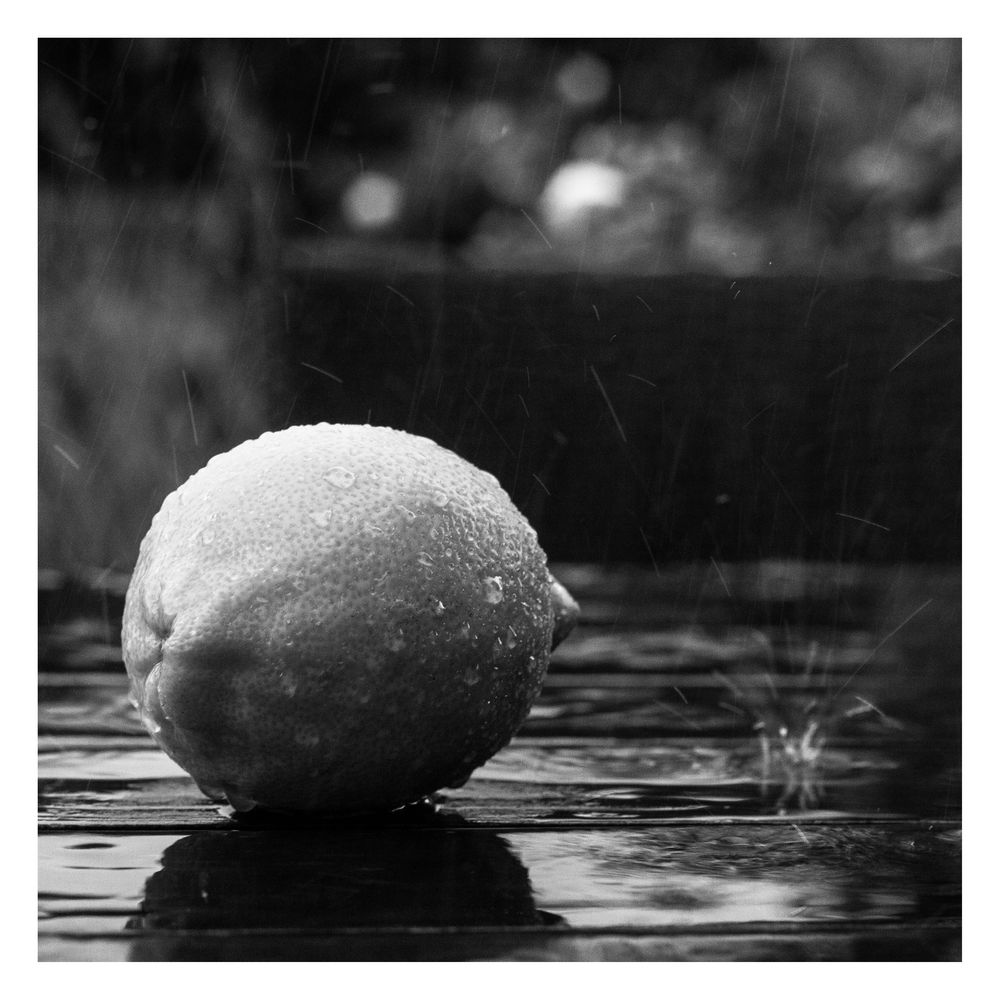 saurer Regen*