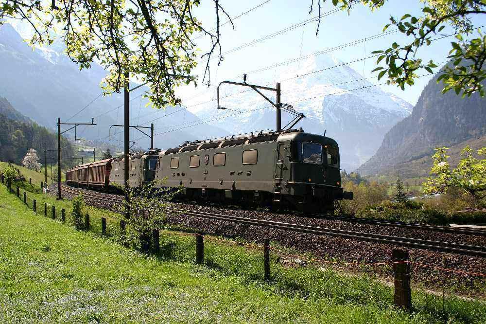 SBB Re 10/10 am Gotthard