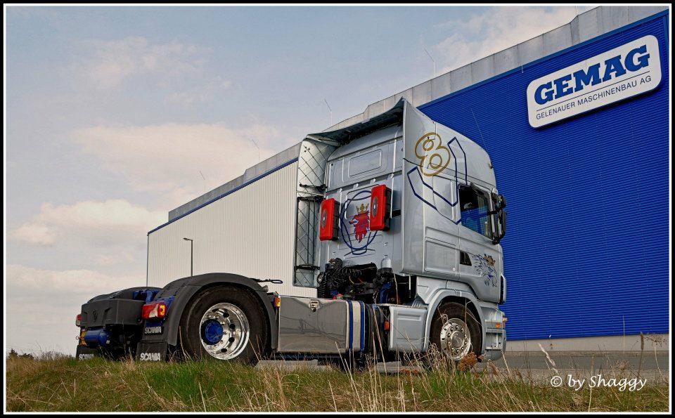 Scania V8 Sattelzugmaschine