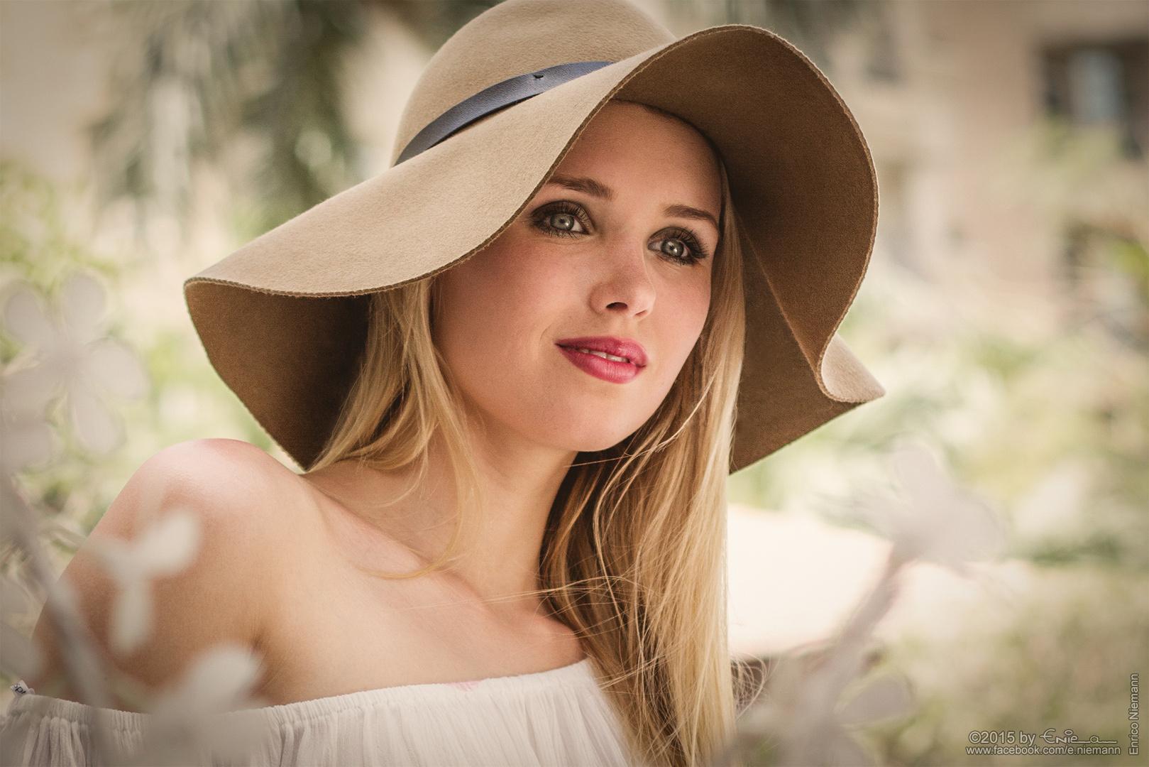 Scarlett # 4