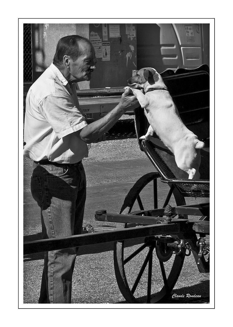 """Scène de rue """"Bonjour le chien!"""""""