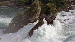 Schaffhausen Rheinfälle an einem tollen Tag in der Schweiz