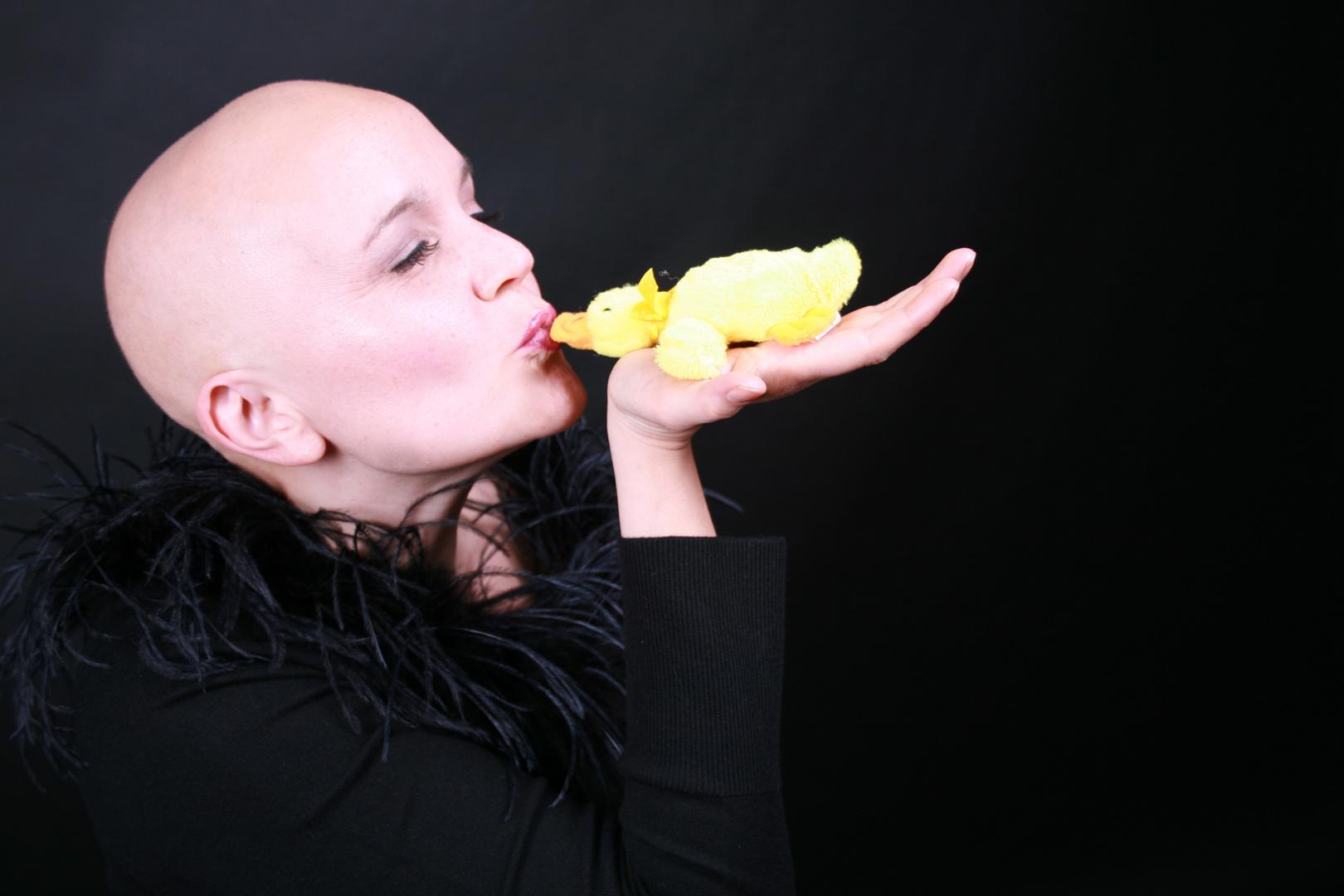 Schalala, kiss the duck!