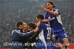 Schalke jubelt wieder....trotz 2:2