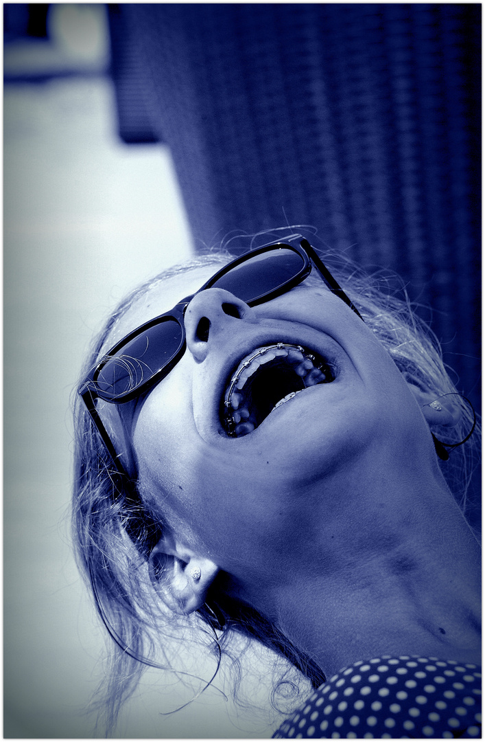 Schallendes Lachen oder wenn die Schönheit von innen kommt