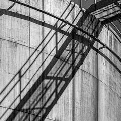 Schatten am Großtank