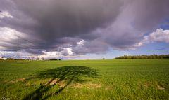 Schattenspiel und kleiner Regenbogen (1)