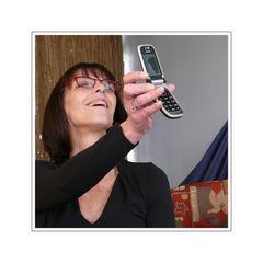 Schau mal, Schatz, ich kann mit meinem Handy Fotos machen (und er ist nackig).