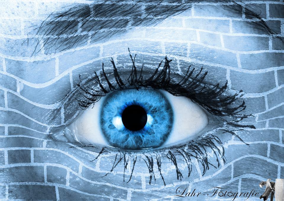 Schau mir in das Auge