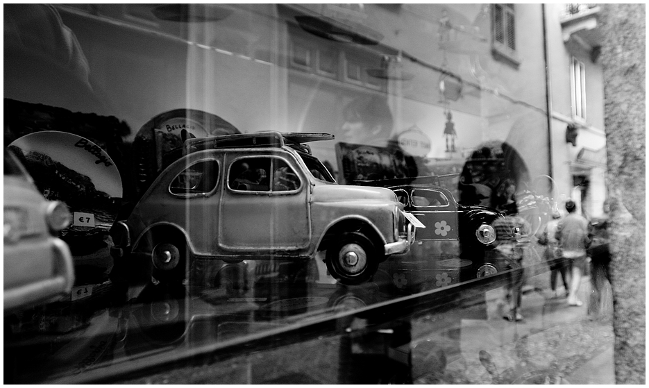 Schaufensterln in Bellaggio, Comersee