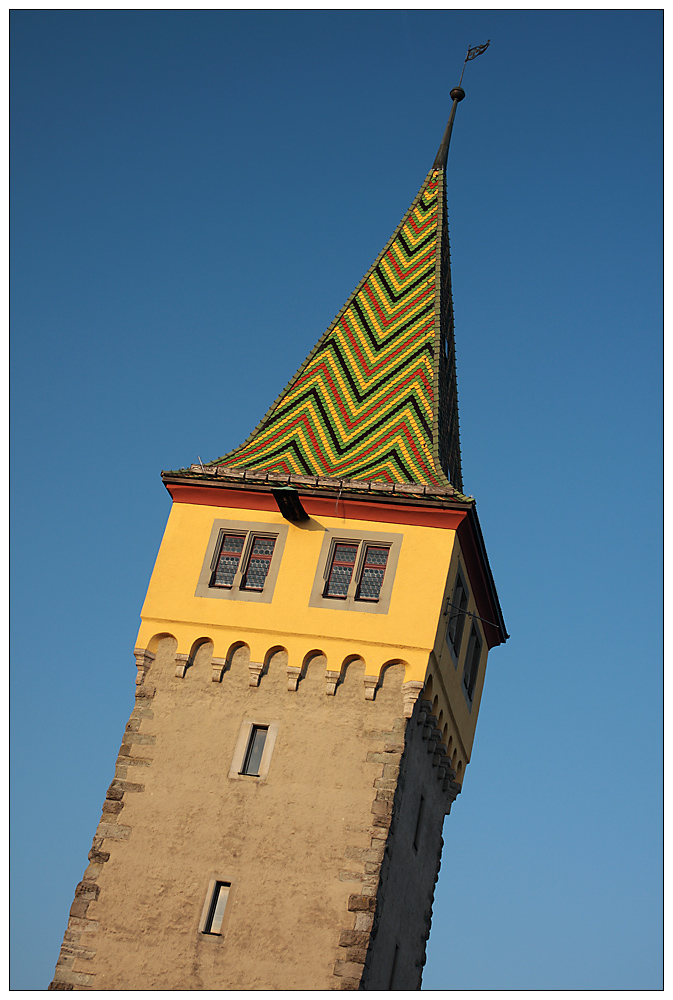 (Schiefer) Turm von Lindau