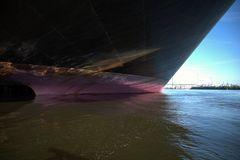 Schiff unter