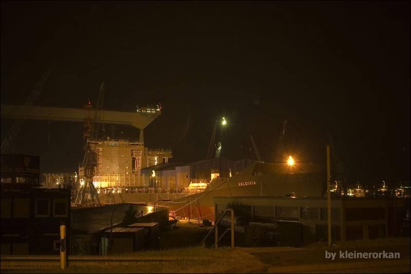 Schiffbau am Estesperrwerk 01