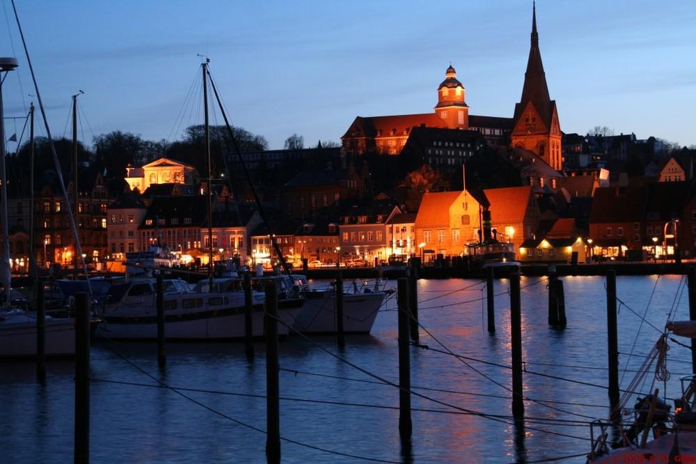 Schiffbr cke flensburg foto bild architektur architektur bei nacht motive bilder auf - Architektur flensburg ...