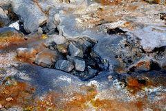 Schlammpfuhlen und Schwefelfelder auf Island 5