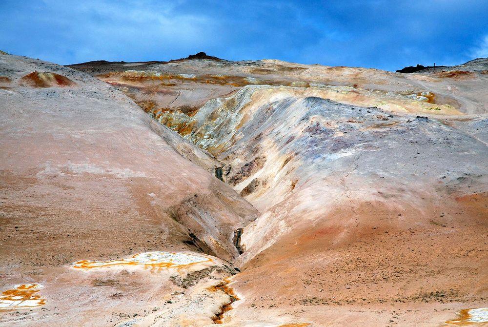 Schlammpfuhlen und Schwefelfelder auf Island 7