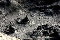 schlammpfuhlen und Schwefelfelder auf Island 9