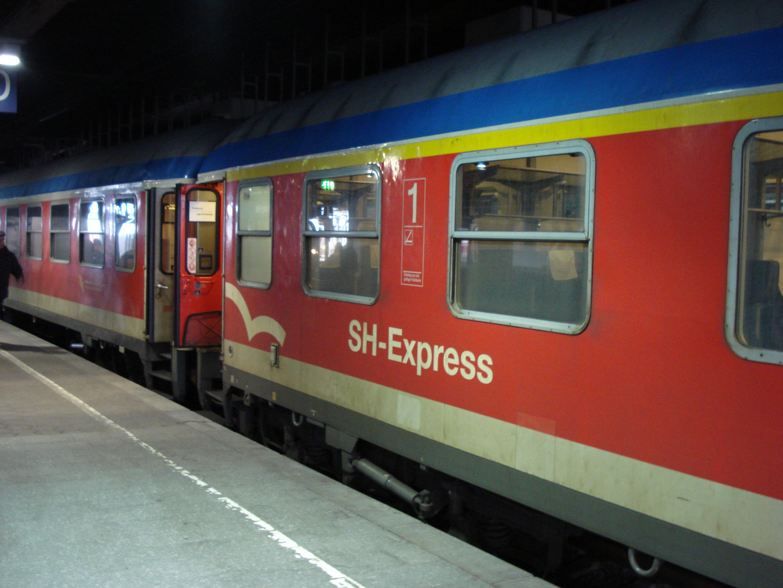 Schleswig Holstein Express in Hamburg Hbf