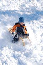 Schlittenfahren - Der erste Schnee 2010