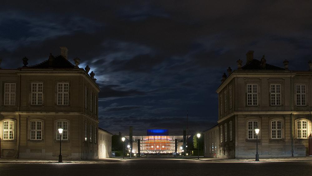 Schloss Amalienborg mit Opernhaus