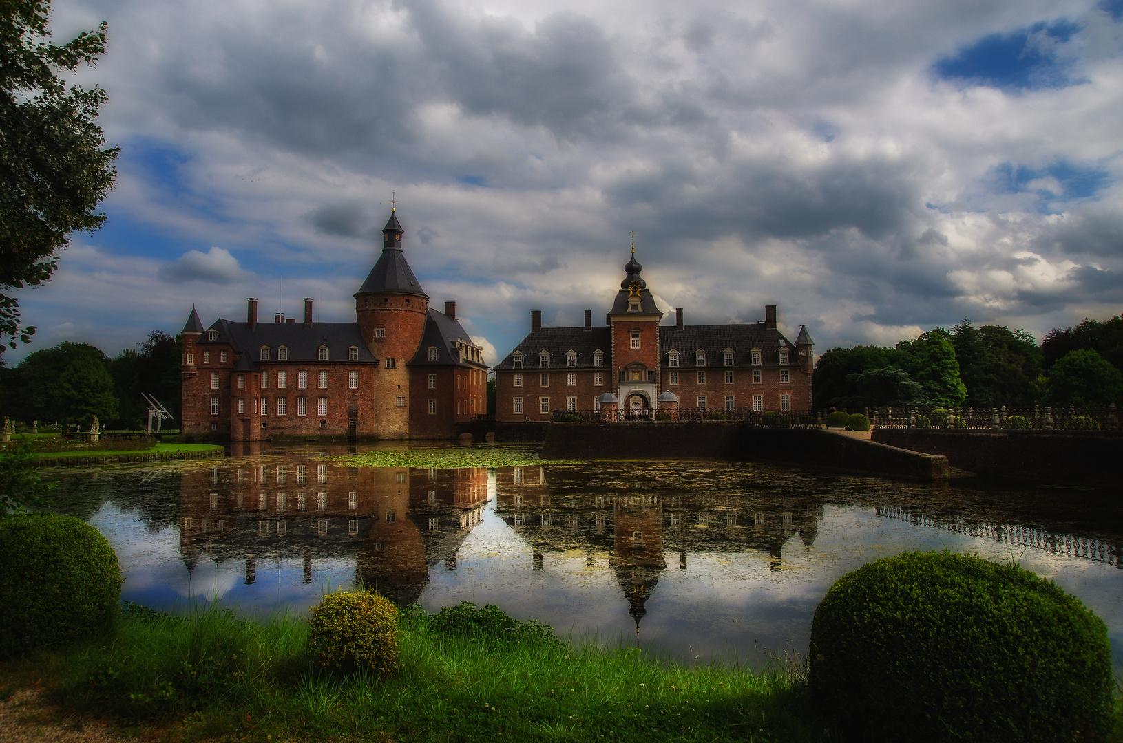 .....Schloss Anholt....