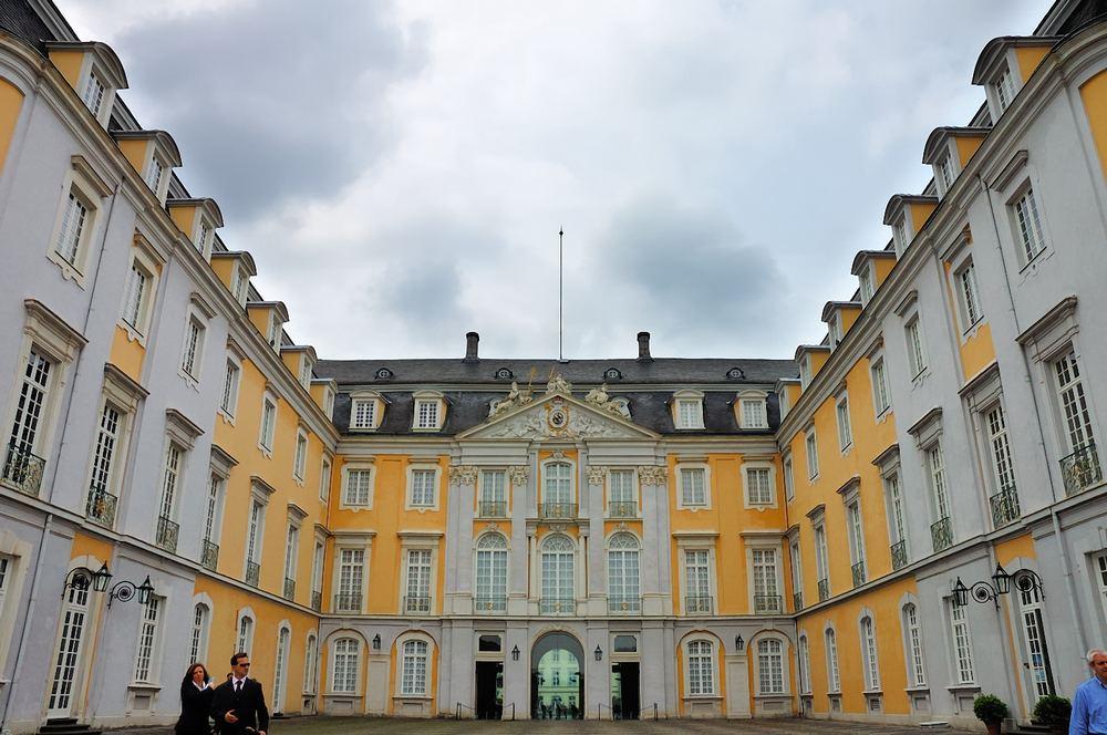 Schloss Augustusburg I